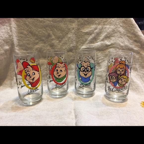 Complete Set of Vintage 1985 Chipmunks Glasses W// Alvin Theodore Simon Chipettes